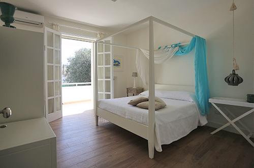 ev_room3
